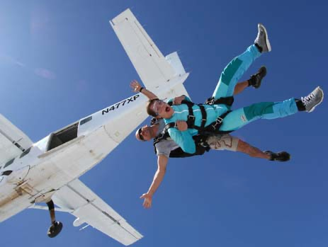 Skydive Temple Tandem Exit Photo